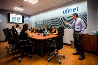 Servicios de fibra óptica - UFINET profesionales